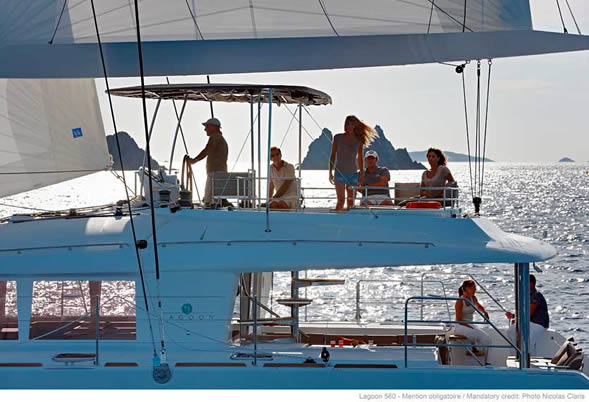 Lagoon 560 Catamaran Flybridge
