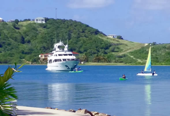 LEEWARD ISLANDS  Antigua Resort Anchorage