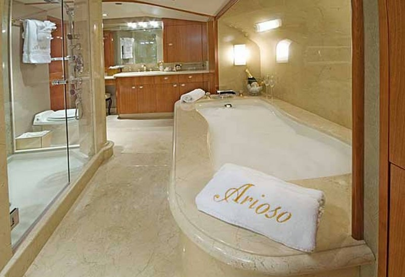 Arioso Master Bathroom