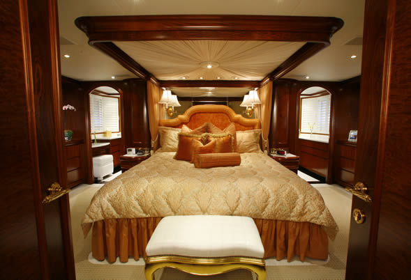 Aspen Alternative Master Stateroom