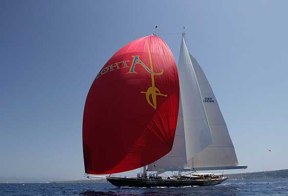Athos - with Spinnaker (Image by RickTomlinson)
