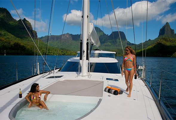 Charter sailing yacht Bliss in South East Asia Luxury  : bliss tahiti 15 from www.luxurychartergroup.com size 589 x 402 jpeg 72kB