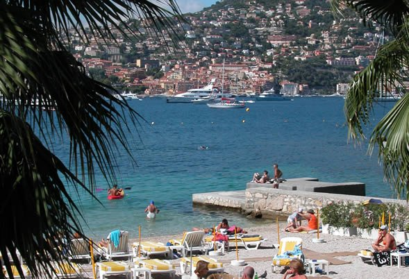 Cap Ferrat beach cafe
