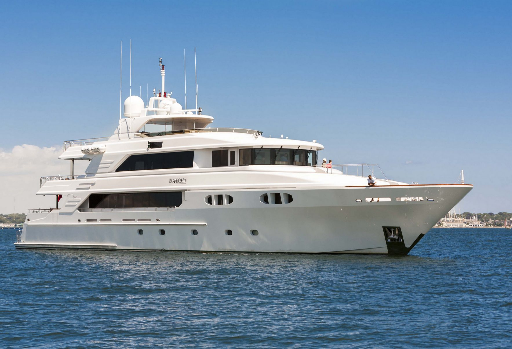 Charter motor yacht FAR FROM IT in the Caribbean - Luxury Charter Group