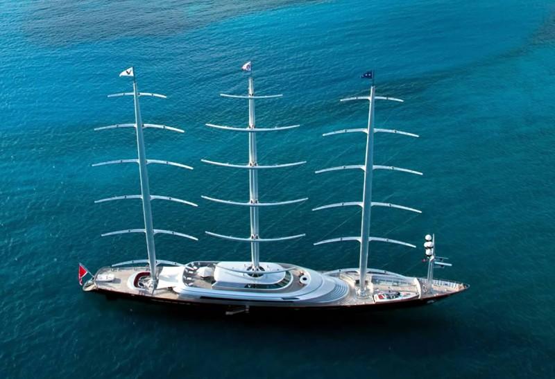 Le voilier de luxe maltese falcon for Bateau de luxe interieur