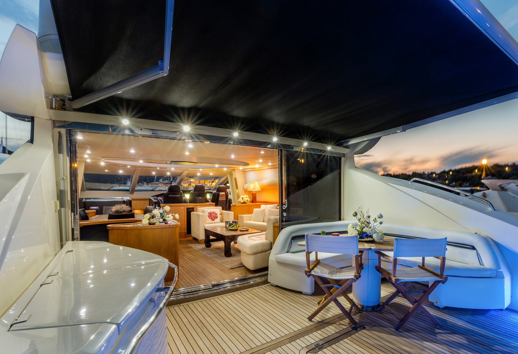 OCTAVIA Aft Deck Looking Forward