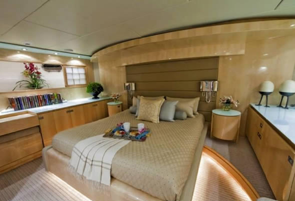 Diamond Girl VIP stateroom