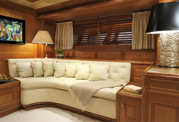 Drumbeat master stateroom seating