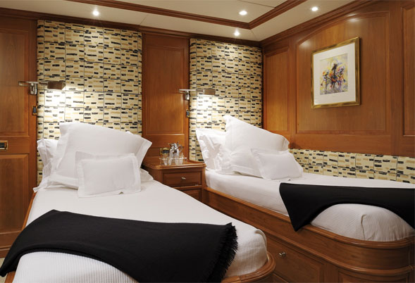 Drumbeat twin guest stateroom
