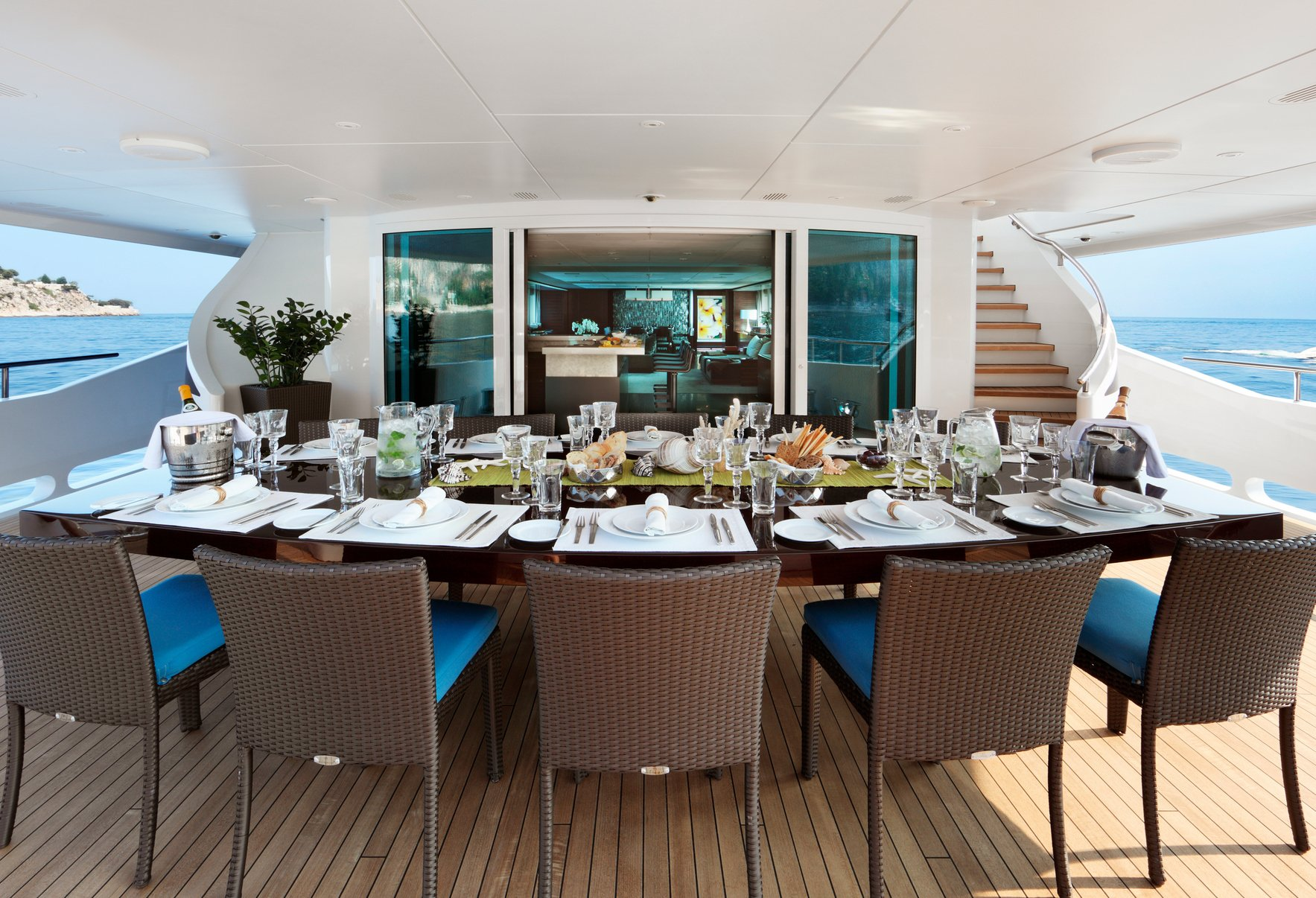 INCEPTION Aft Deck Dining
