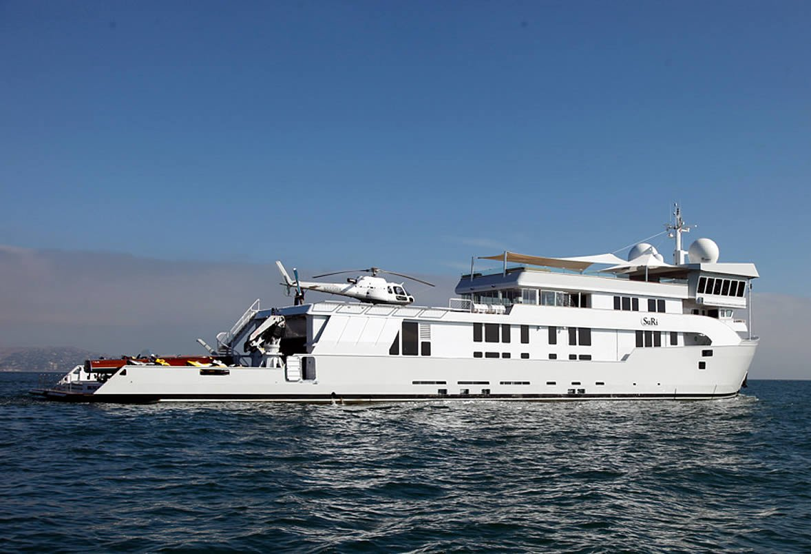Charter Luxury Expedition Yacht Suri In Pacific Luxury