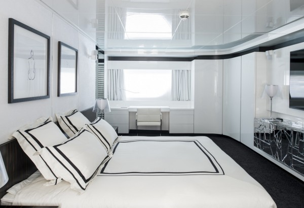 Motor Yacht Arcadia JURATA Large and Comfortable Guest Stateroom