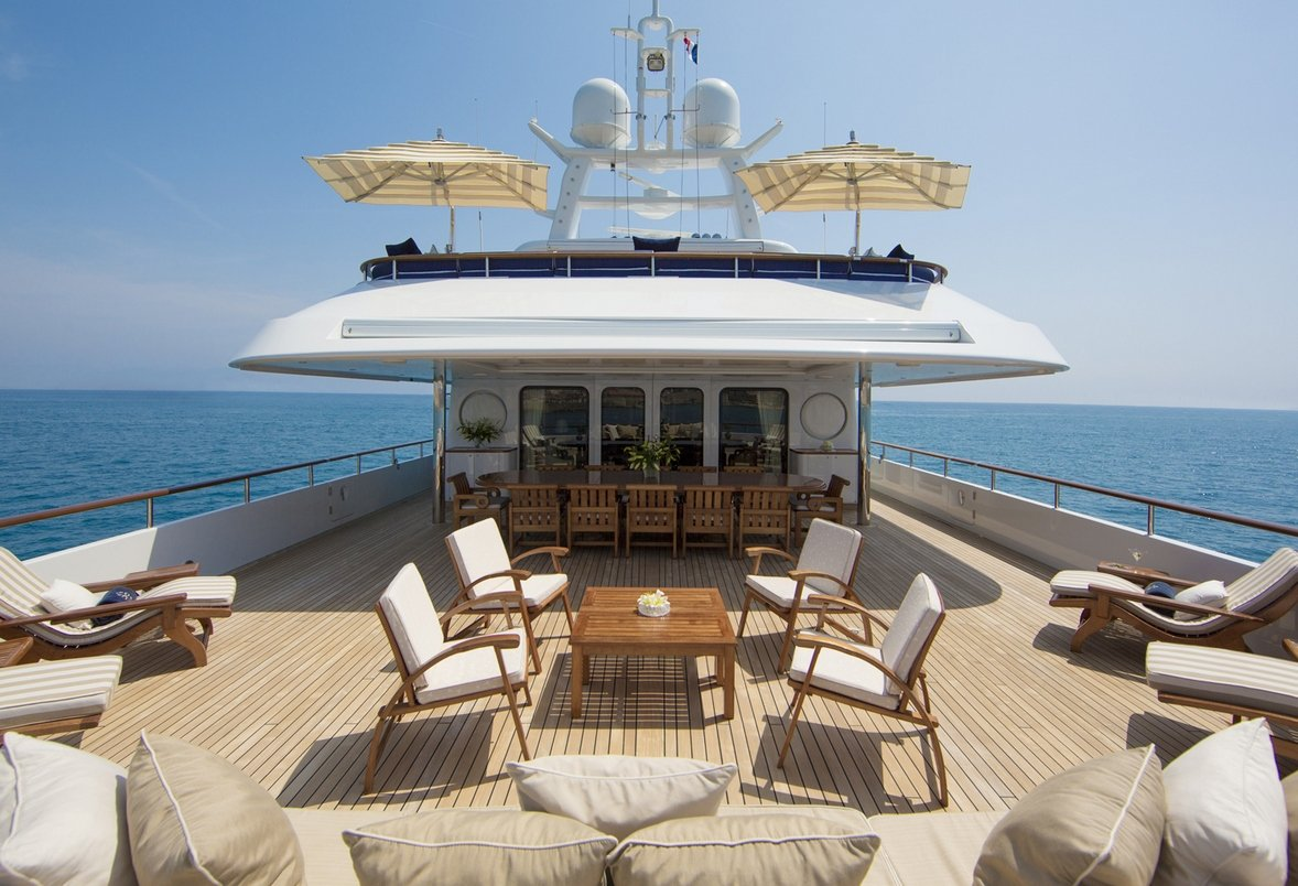 Motor Yacht MOSAIQUE Bridge Deck with Casual Entertaining and Relaxation Space