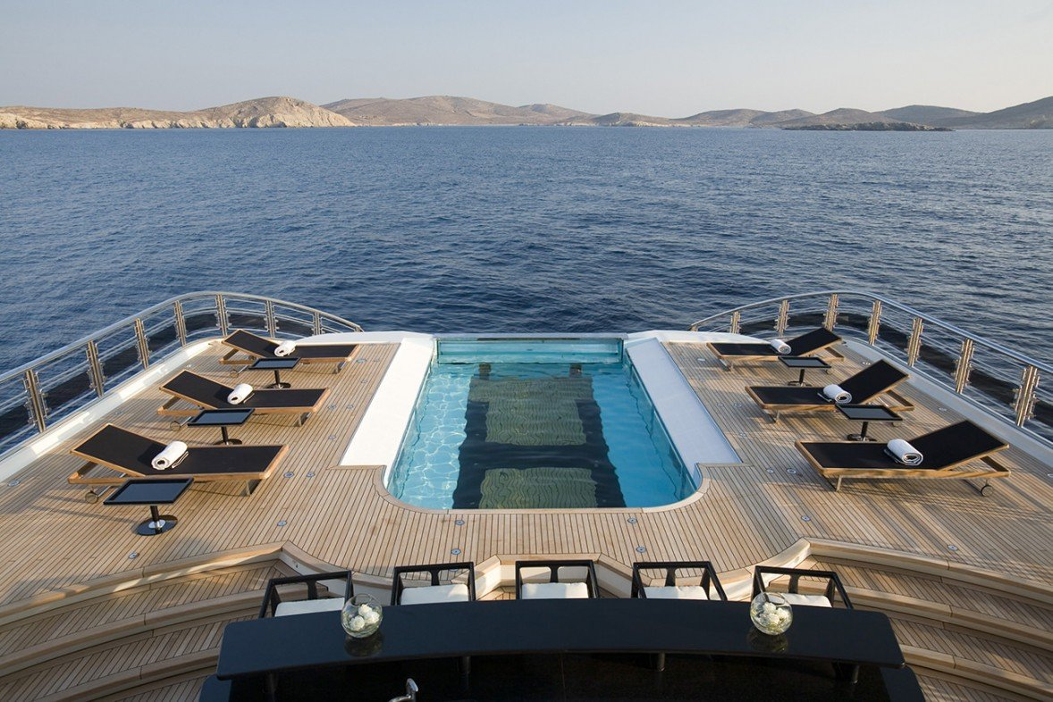 Join the Club – the Superyacht Beach Club