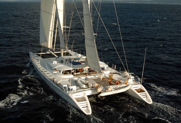 DOUCE FRANCE for charter in Tahiti