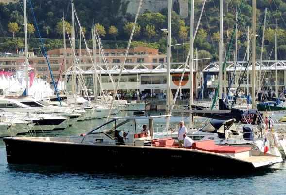 Trajet de luxe en annexe - Salon du yacht monaco ...