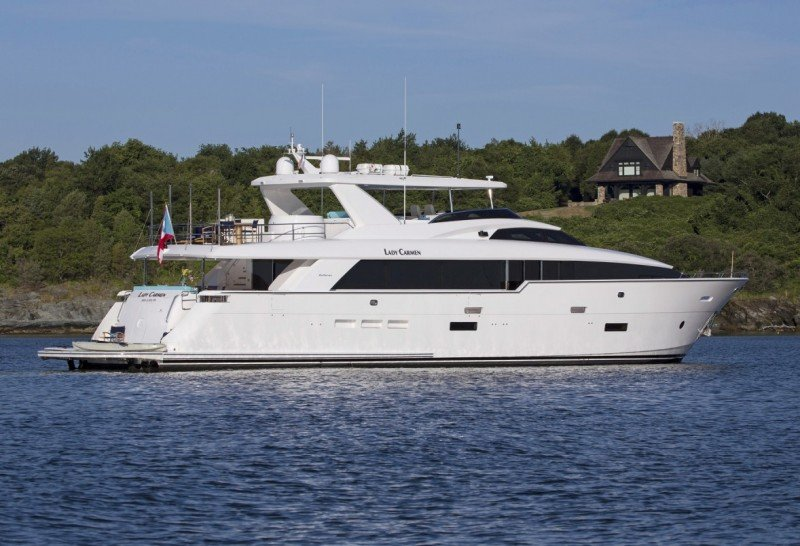 Charter the brand new yacht LADY CARMEN, be one of the lucky first