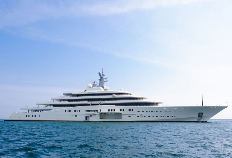 Luxury Mega Yacht ECLIPSE