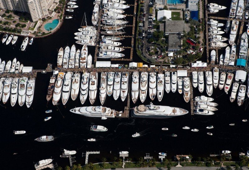Luxury Charter Group inspect the Luxury Charter Yachts at FLIBS