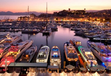 Charter a superyacht for Cannes & Monaco events