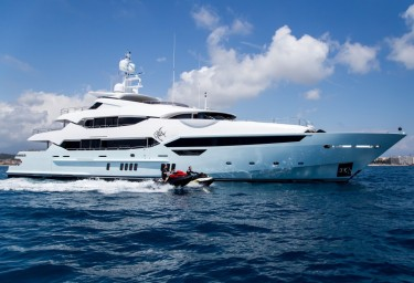 Super Sunseekers are Ideal Luxury Charter Yachts