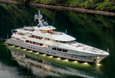 ENDLESS SUMMER: new South Pacific charter yacht