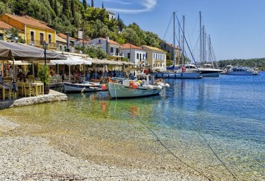 5 Fab Reasons for an Ionian Luxury Yacht Charter