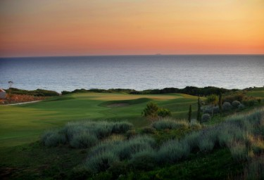 Med Golfing:Top golf courses on a luxury charter
