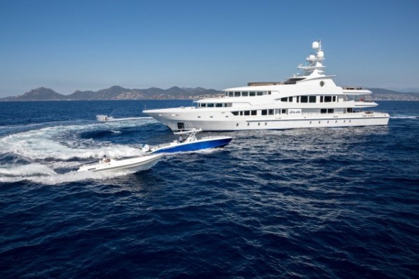 LUCKY LADY 62.56m (205.3') WEST MED CHARTERS IN JULY SAVE EUR 74200 p/week*