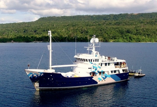 DARDANELLA: Available for Charter in Tahiti from the end of August*