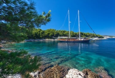Gulet STELLA MARIS Anchored in a Beautiful Bay in Croatia