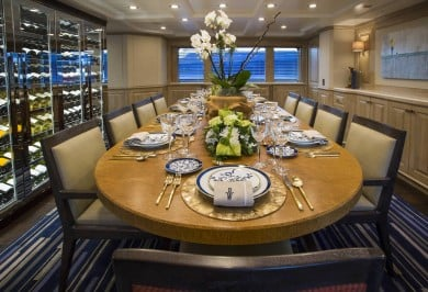 BLU 470 Interior Dining Setting