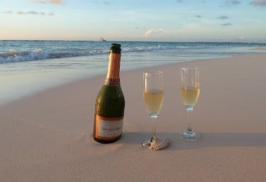 The Grenadines champagne on the beach