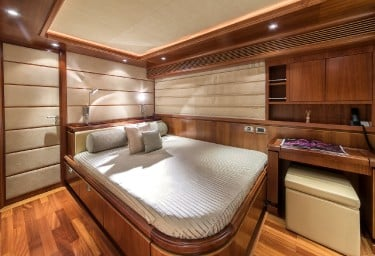 ANNE MARIE Guest Double Cabin