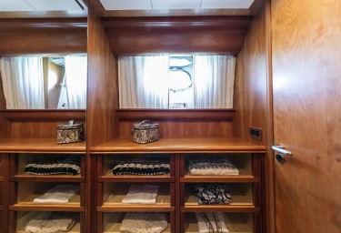 GORGEOUS Master Cabin Walk-in Closet