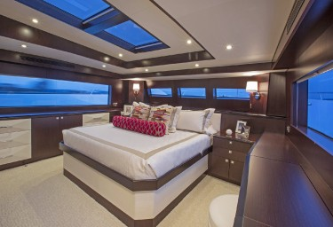 LADY CARMEN Guest King Stateroom