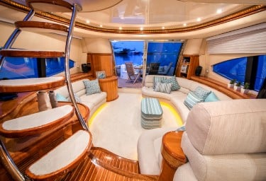 MANU Saloon Looking Aft