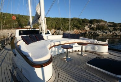 Charter Gulet DIDI Foredeck Seating