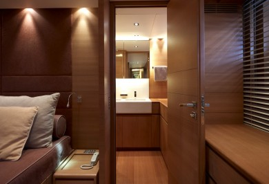 Charter Motor Boat FELIGO V Master Cabin with Ensuite Bathroom