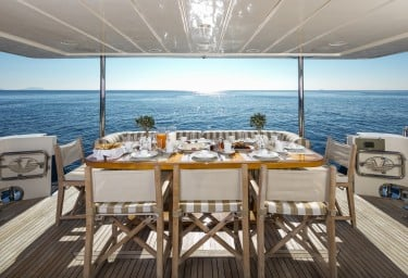 Luxury Motor Yacht MYTHOS Alfresco Breakfast