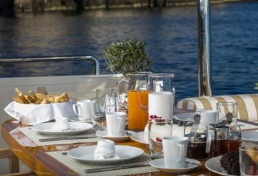 Luxury Charter Motor Yacht MYTHOS Alfresco Breakfast Detail