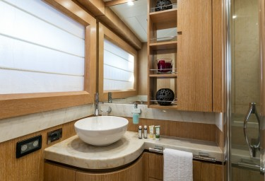 Luxury Motor Yacht MYTHOS Twin Cabin Ensuite Bathroom