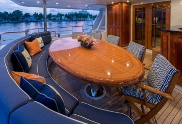 FOUR WISHES Main Deck Aft Alfresco Dining