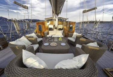 Luxury Charter Gulet LIBRA Lounging Space
