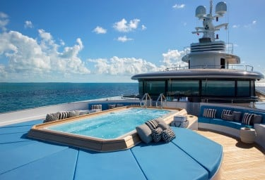 ETERNITY Sun Deck Jacuzzi