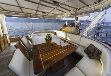 Luxury Charter Gulet LIBRA Underway