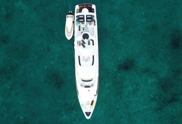 ISLAND HEIRESS Aerial View