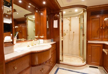 LADY MICHELLE Master Cabin Ensuite
