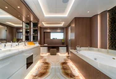 O'PARI Master Suite Bathroom