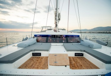 SEA ENERGY V Foredeck Seating